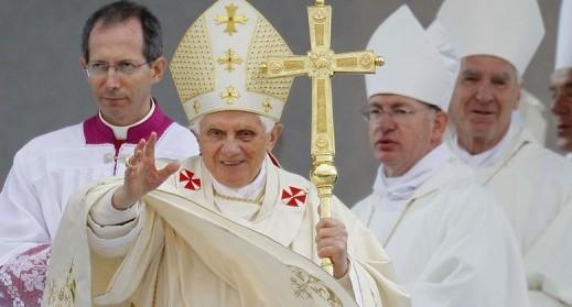 Le-pape-Benoit-XVI-a-annonce-sa-demission