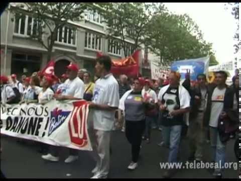 Manifestation pour une loi contre les licenciements