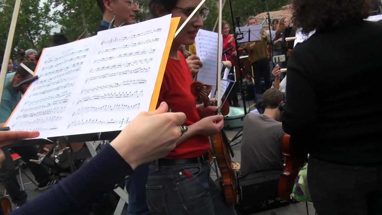 Orchestre-Debout