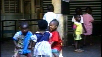 manif-pour-les-sans-papiers-de-st-ambroise-n8-juin-96