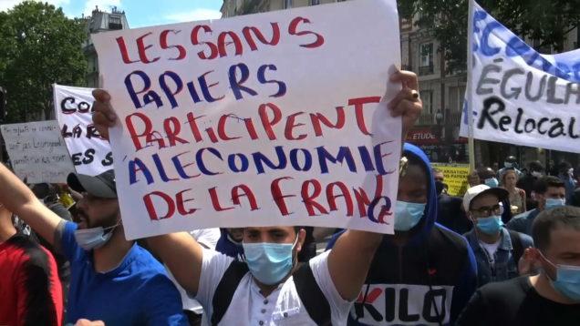 Marche-des-sans-papiers-351